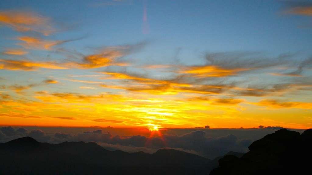 Haleakalā National Park Tours | Sunrise, Downhill Bike & Zipline Tours